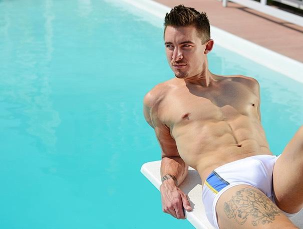 Model Christopher La Fleur in Baskitwear