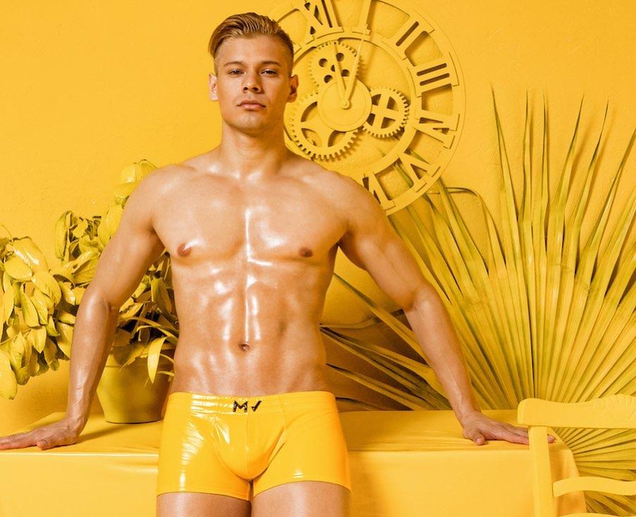 Model in Modus Vivendi Men's Underwear