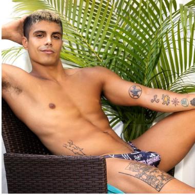 Bikinis Reviews for men